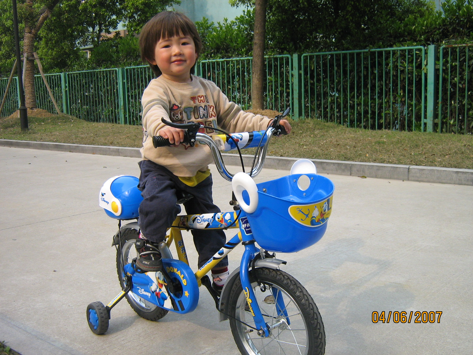 04.06-07-bicycle-799731
